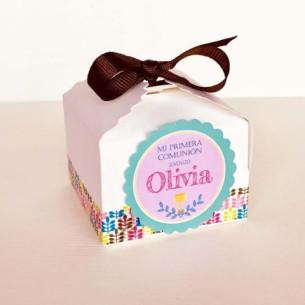 Cajita cuadrada con bombones para Comunión Niña