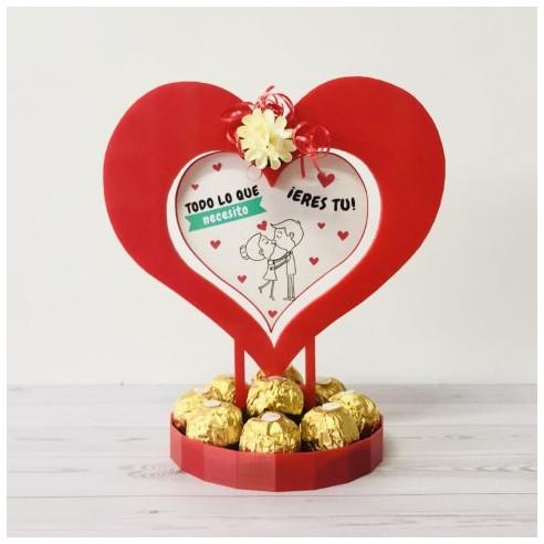 Centro de San Valentin con Ferreros